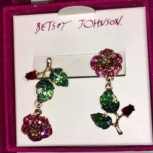 Betsy Johnson mismatched rose earrings